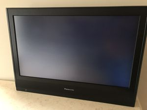14 panasonic HDTV, ALL WORKING , COMPUTER COMPATIBLE CAN BE USED AS MONITORS for Sale in Adelphi, MD