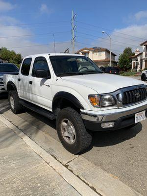 2003 Toyota Tacoma Crew Cab white for Sale in Encinitas, CA