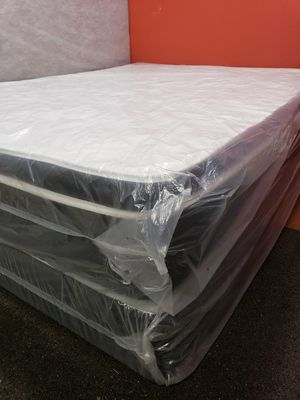 King size pillow top thick can deliver for Sale in Tampa, FL