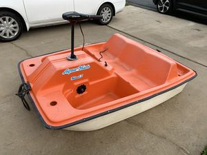 Paddle Boat with Brand New Built in Motor for Sale in Lakeland, FL
