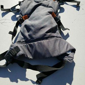 infantino Baby Carrier for Sale in Hayward, CA