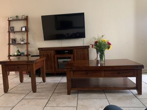 3pc Coffee table set for Sale in Taft, CA