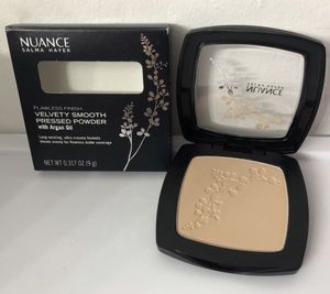 Nuance salma hayer powder compact for Sale in Doral, FL