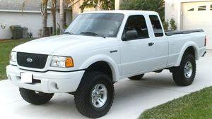 2OO2 Ford Ranger Powers Lock for Sale in Cincinnati, OH