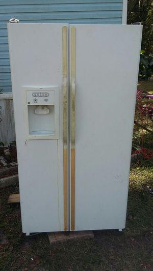 Refrigerator (obo) for Sale in Brooksville, FL