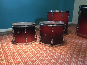 Brand new, never used Pearl Drum set with custom red fade paint job. In perfect condition and looking for a new home ✨😋 for Sale in Austin, TX