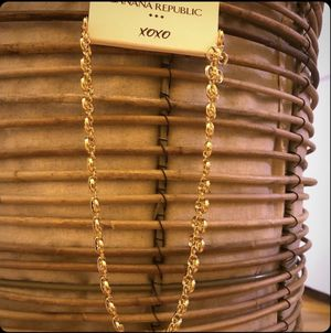 Banana Republic Necklace for Sale in Willow Street, PA