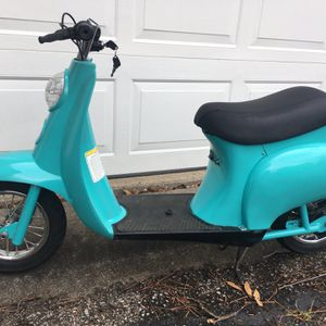 Razor scooter upgraded controller with keys for Sale in Brunswick, OH