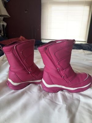 Girls snow boots for Sale in Sabillasville, MD