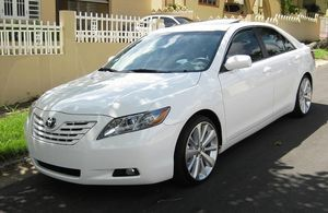 ir allí2OO8 Toyota Camry AWDWheels-One Owner Car .Clean Carfax. for Sale in Baltimore, MD