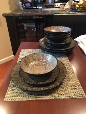 Set of dishes for Sale in Martinez, CA