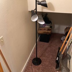 Free Lamp for Sale in Ellensburg,  WA