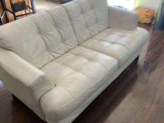 Off White Leather Couch for Sale in Corona,  CA