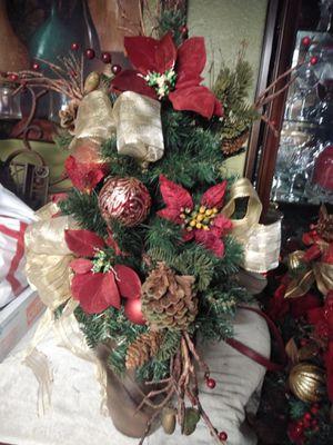 Beutiful Christmas Mini Tree for Sale in Fontana, CA