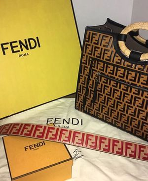 Fendi bag for Sale in Atlanta, GA