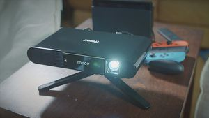 Miroir Ultra Pro Projector M631 for Sale in Claremont, CA
