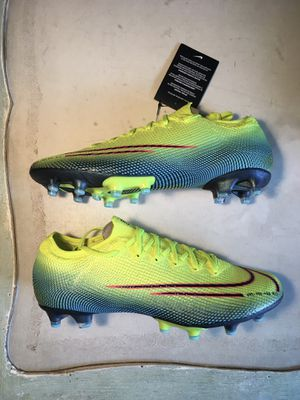 Nike Mercurial Vapor 13 Elite MDS 2 AG artificial grass soccer cleats - sizes 8.5 and 9 for Sale in Seattle, WA