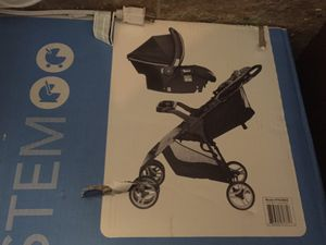 Stroller car seat and base for Sale in Detroit, MI