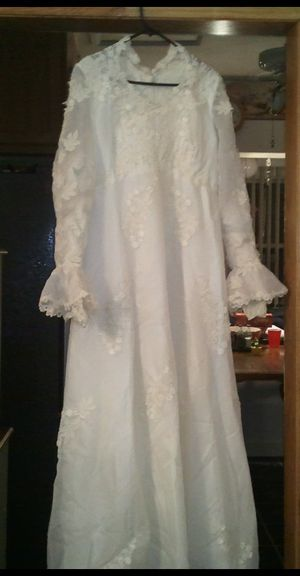 vintage wedding dress for Sale in Chicago, IL