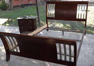 Queen size solid wood bed frame and one night stand for Sale in San Antonio, TX
