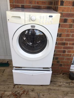 Kenmore Pedestal (does not include washer) for Sale in Nashville, TN