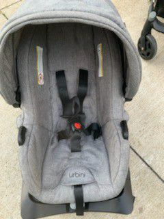 Urbini car seat and stroller for Sale in Akron, OH