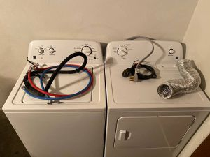 Washer & Dryer (Kenmore) 1 year old, White for Sale in El Paso, TX