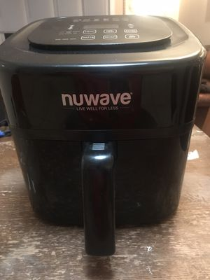 NuWave 6 qt air fryer for Sale in Crystal Lake, IL