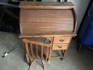 Antique child's rolltop desk for Sale in Dublin, OH