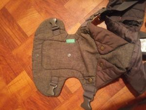 Free Infantino baby holder for Sale in Brooklyn, NY