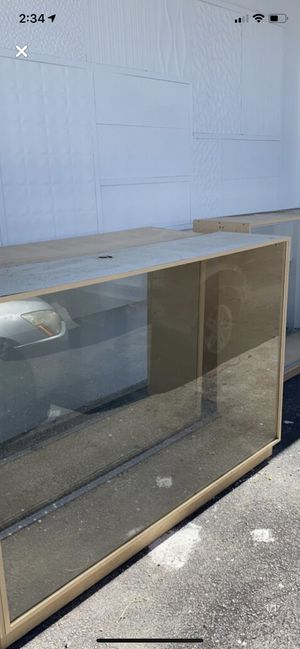 3 Glass face displays FREE!!! for Sale in Miami Shores, FL