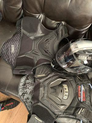 Motorcycle vest + helmet for Sale in Silver Spring, MD