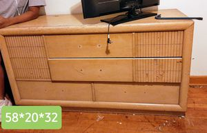 6 drawer chest for Sale in Salina, KS