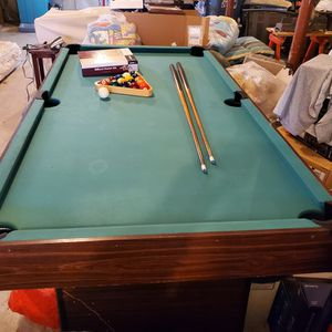 Pool Table, Everything Included. for Sale in Freetown, MA