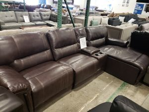Display Model Recliner Sectional Sofa tax included and free delivery for Sale in Hayward, CA
