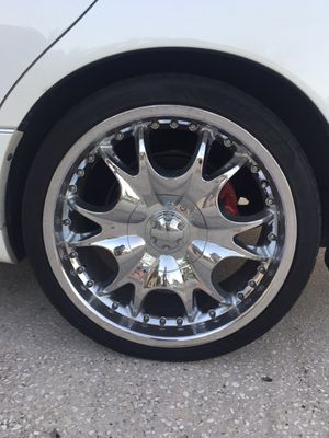 "20"" Chrome Rims and Tires for Sale in Oviedo, FL"