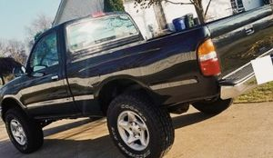 Best-Offer // 2001 Toyota TACOMA for Sale in Rockford, IL