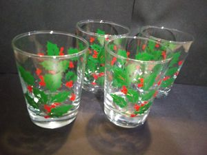 Set of 4 Christmas glasses for Sale in San Angelo, TX
