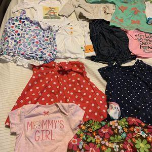 110 Pieces Of 0-12 Months Baby Girl Clothes, Swaddles, Sleep Sacks for Sale in Austin, TX