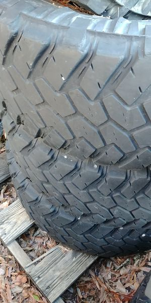 Tires for sale 35s12.50r 17s 18s. 315 17s for Sale in Cumberland, VA