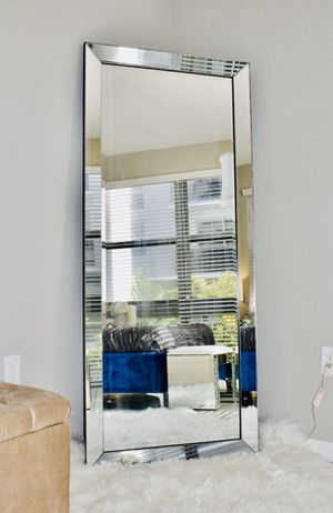 New beveled tall floor mirror 70x30 for Sale in Margate, FL