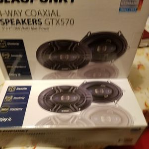 2 pair Blaupunkt 5 X 7 speakers 4 way speakers most common used speaker for Ford Lincoln Mercury vehicles for Sale in Matteson, IL