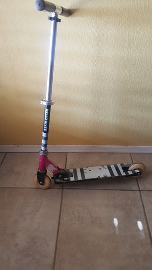 Hello kitty scooter for Sale in Chandler, AZ