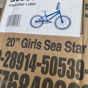 20 Inch Girls Bike Still In The Box for Sale in Peoria, IL