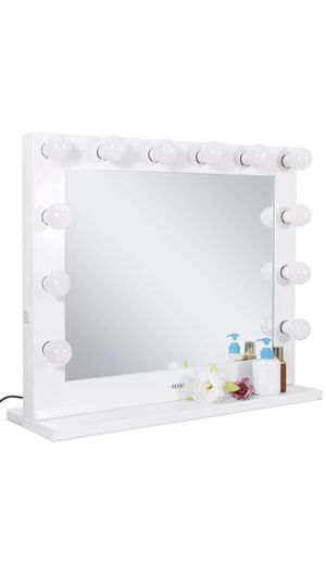 Zeny make up vanity mirror for Sale in Kennesaw, GA