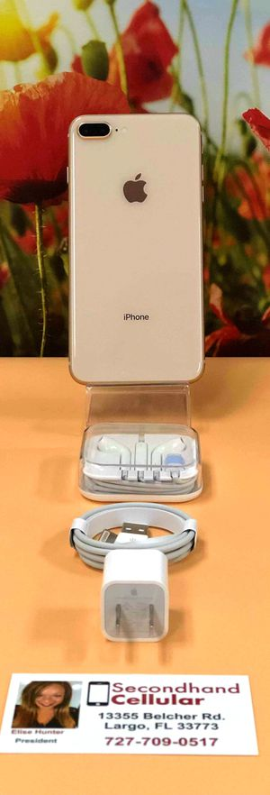 🌺~LIKE NEW 256GB Gold iPhone 8 Plus With Box, Charger, & Headphones~🌺 for Sale in Clearwater, FL