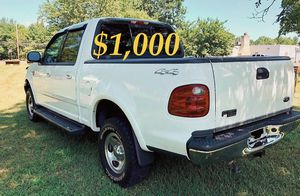 $1,OOO For sale URGENT 2OO2 Ford F-150 XLT Super Crew Cab 4-Door Pickup Everything is working great! Runs great and fun to drive! for Sale in Shreveport, LA