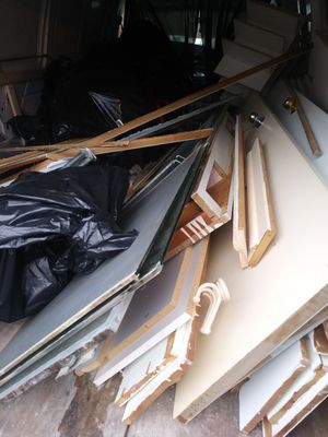 Need trash hauled or items moved? for Sale in Baltimore, MD