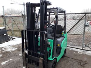 Mitsubishi forklift 9000 hours tuned up runs great 5200 dollars for Sale in Calumet City, IL
