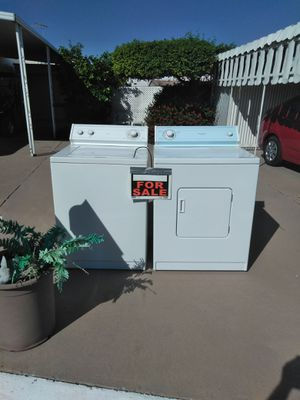 Washer dryer whirlpool. Very good condition for Sale in Mesa, AZ